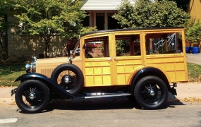1931 Ford Model A - Bill Schmidt & Julia Bursell