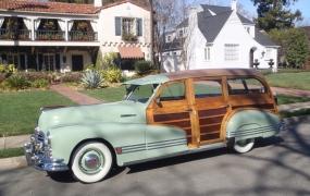 1946 Pontiac - Bill Schmidt & Julia Burrell